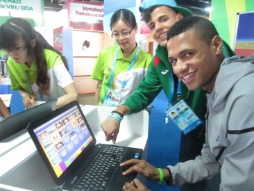 Computer Games at CIFP Booth in Nanjing_2