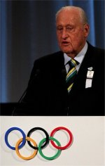Did Havelange quit IOC to avoid ISL investigation?